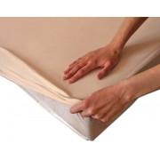 Medvilninė neperšlampama paklodė su guma 90 x 200 cm.