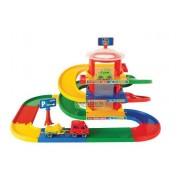 WADER 2 aukštų garažas Play Tracks